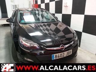 Opel Astra 2014 (8402-JBR)