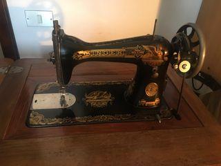 Maquina de coser SINGER PERFEC