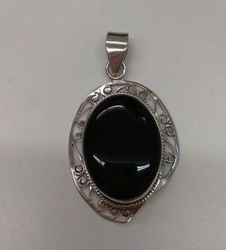 Silver Onix Pendant