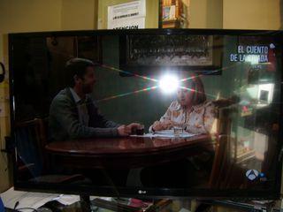 "Television LG 47"" , 3D , TDT HD , 360€"