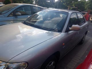 Urge venta Daewoo Nubira 1998