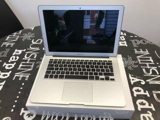 MacBook Air 13 128GB 8GB RAM