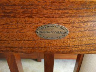 Mesa comedor y 6 sillas de Baladía & Valklein