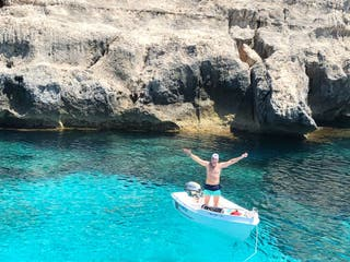 alquiler barca lancha sin licencia en Menorca