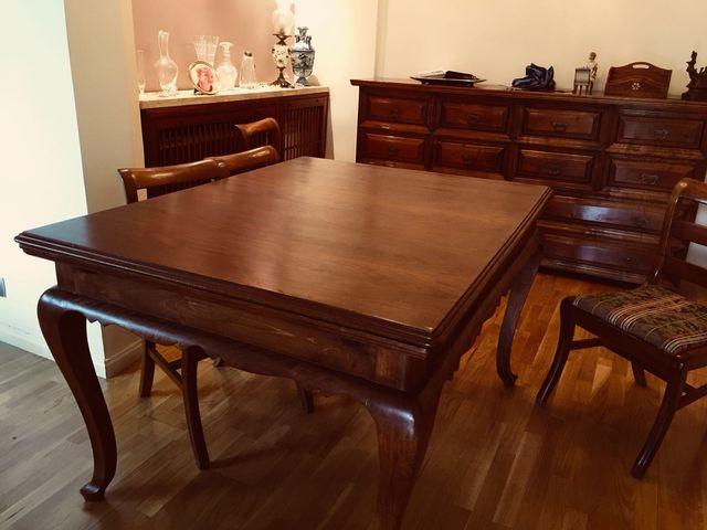Comedor. Mesa vintage 1,5x1,32 y sillas de segunda mano por 240 € en ...