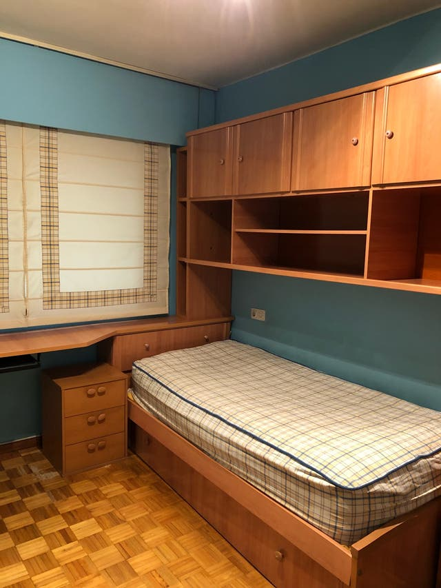 Habitación con cama nido de segunda mano por 325 € en Vigo - wallapop