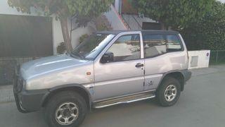 Nissan Terrano II 2.7 TD SE 3p 100cv gris plata