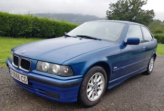 BMW 318 TDS Compact.