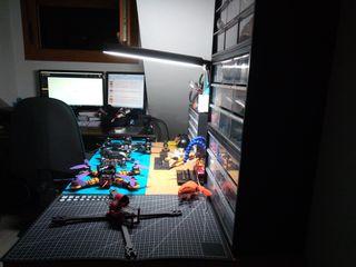 Montaje, construcción y reparación de Drones
