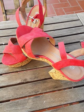 Zapatos de verano color fucsia