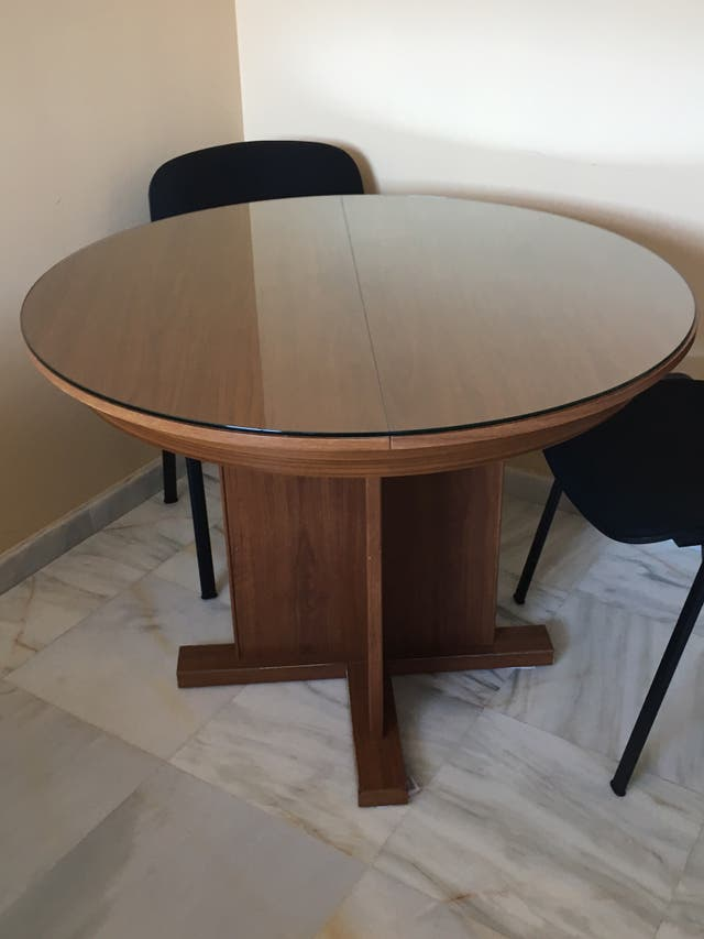 Mesa redonda comedor extensible con cristal de segunda mano por 99 ...