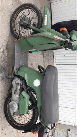 Moto scooter honda scoopi