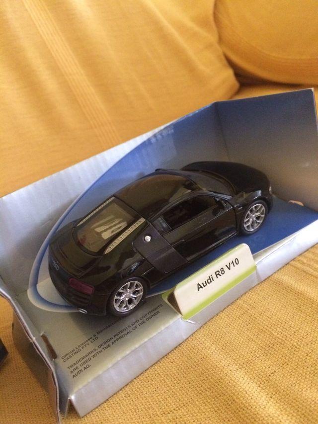 Audi R8 V10 escala 1/43