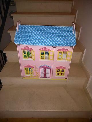 casa de muñecas madera + algunos complementos