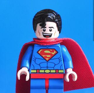 Superman sonrisa figura PRECINTADA