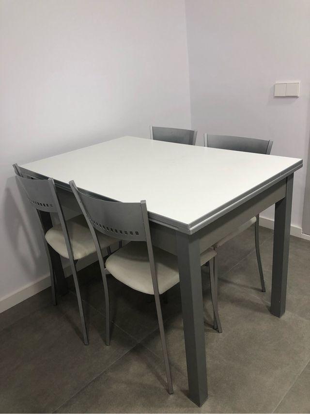 Mesa Cocina Blanca Extensible Con Sillas O Sin De Segunda Mano Por - Mesa-cocina-blanca