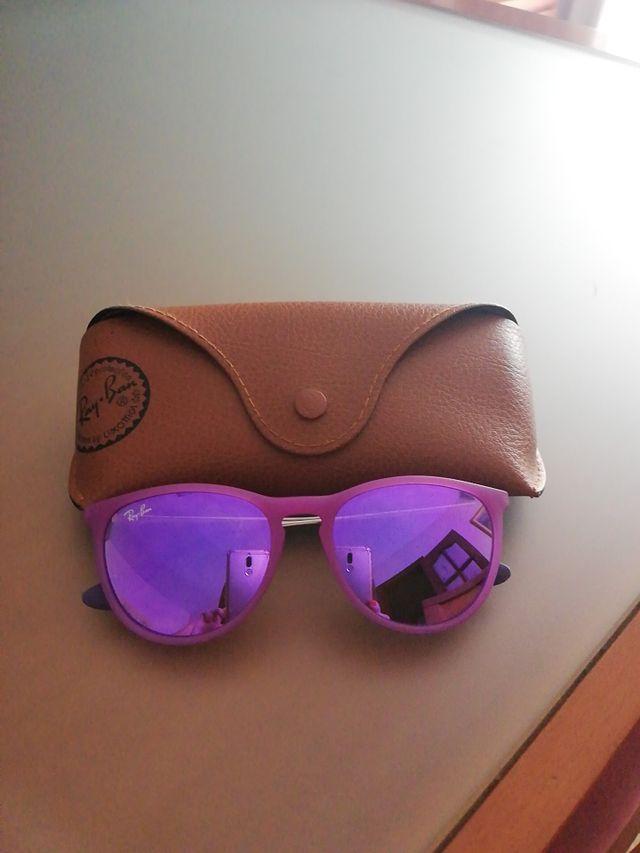 83364c88a5 Gafas de sol Ray-Ban niña de segunda mano por 55 € en Ripollet en ...