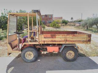 Camión con basculante dumper