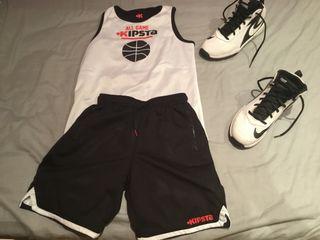 Conjunto baloncesto.