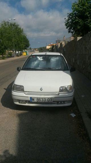 Renault Clio 1.4 año 1993