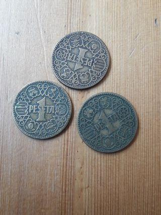 Monedas de 1 Peseta Española año 1944