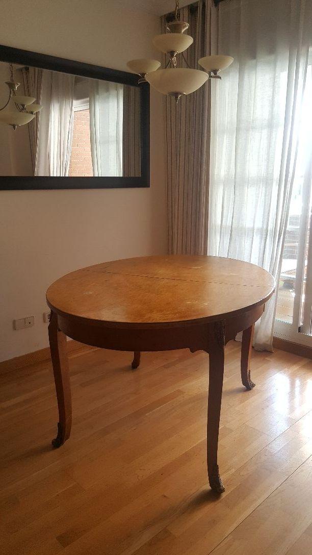 Mesa comedor madera maciza para RESTAURAR de segunda mano por 1 € en ...