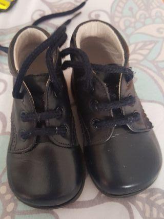 zapato bebe talla 17