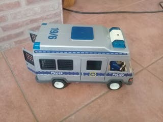 Camioneta de policías Playmobil