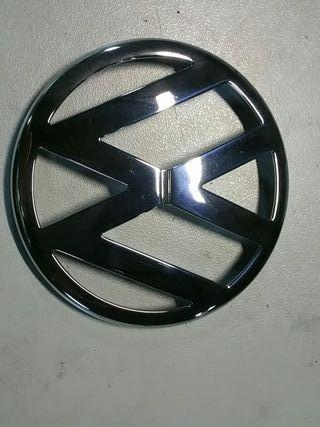 Emblema delantero wv Golf 4