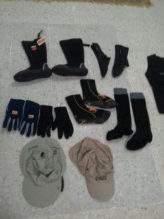 Escalpines, guantes, gorras, equipo de buceo