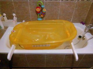 Bañera bebé dentro de bañera