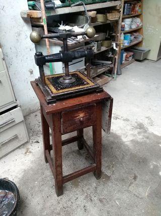 vintage prensa de libros antigua