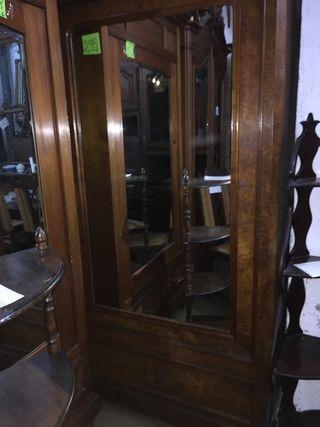 Armario antiguo con espejo de segunda mano en wallapop - Armarios antiguos de segunda mano ...