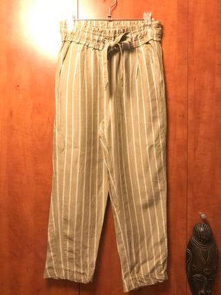 Pantalon rayas Zara