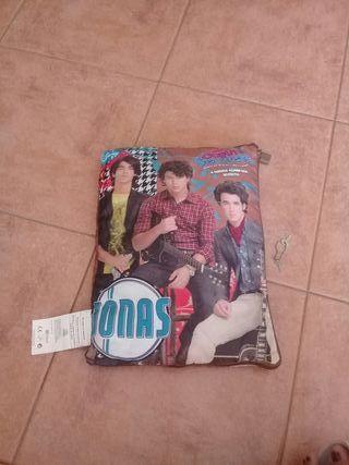 Cojín-Diario Jonas Brothers
