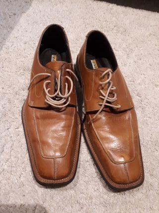 Zara De Talla Man Segunda Bwdxeroc Por 41 Vestir 40 Hombre Mano Zapatos LzGUMqSVp
