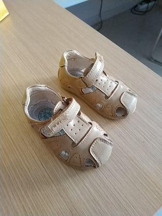 zapatos de verano talla 18