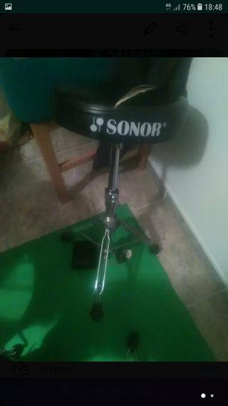 Taburete Sonor