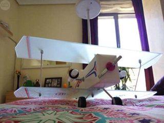 Lampara juvenil avión