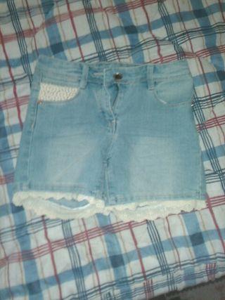 Pantalones cortos vaqueros de niña talla 7/8 años