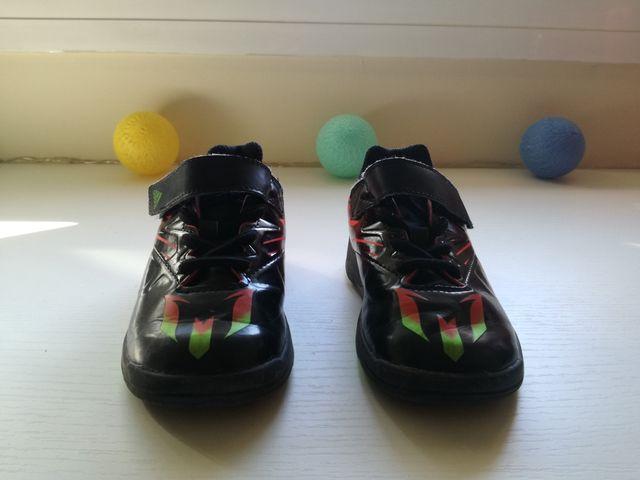 Zapatillas de fútbol Adidas talla 24 de segunda mano por 6 € en San ... ec9f38e928991