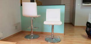TABURETES REGULABLES /sillas altas.20€ Unidad