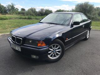 BMW Serie 3 e36 323 coupe