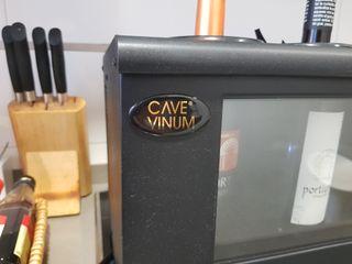 vitrina enfria vinos