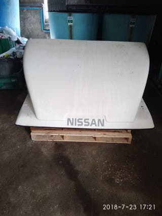 Nissan Atleon 2001 cortavientos