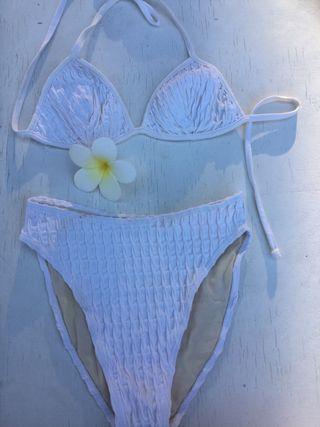 f6add1776691 Bikini TCN de segunda mano en Madrid en WALLAPOP