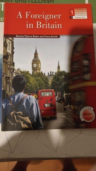 a foreigner in britain , libro de lectura.
