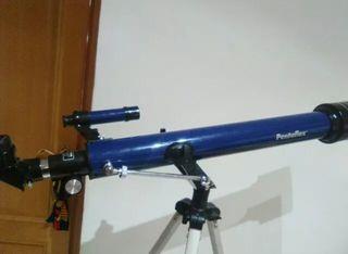 TELESCOPIO ASTRONÓMICO PENTAFLEX D60/F700