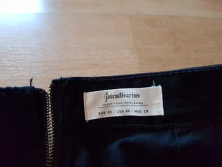 Falda color negro