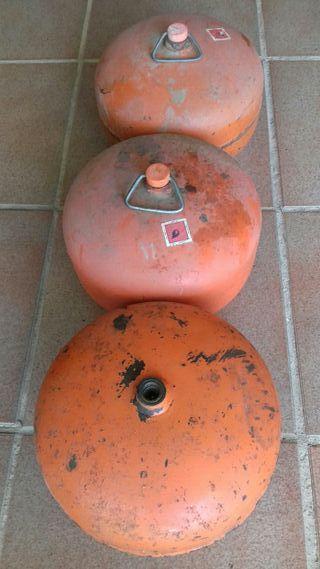 Bombonas de gas vacias